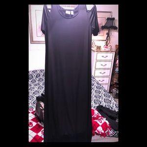 Chico's Black Cold Shoulder Swanky Dress 😎